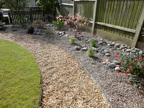 Portfolio a low maintenance front garden for Low maintenance gravel garden