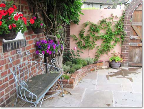 Portfolio colour scent and plants to attract bees for 10 plants for courtyard gardens design