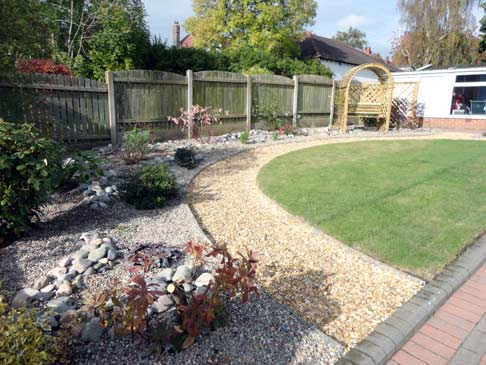 Portfolio a low maintenance front garden for Garden design ideas without grass low maintenance